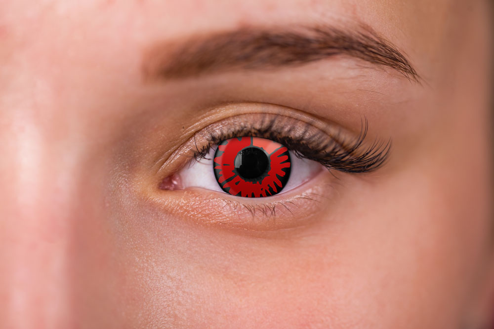 woman wearing volturi contacts